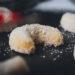 Vanillekipferl mit Zucker
