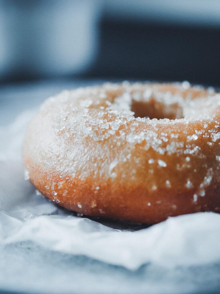 Donut mit Zucker