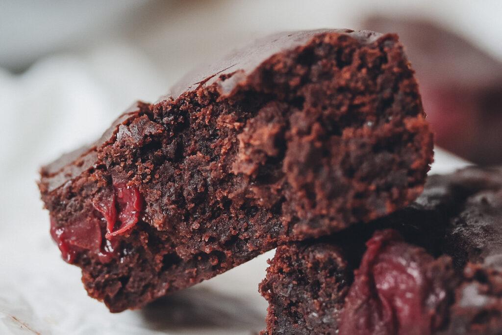 Brownies angebissen